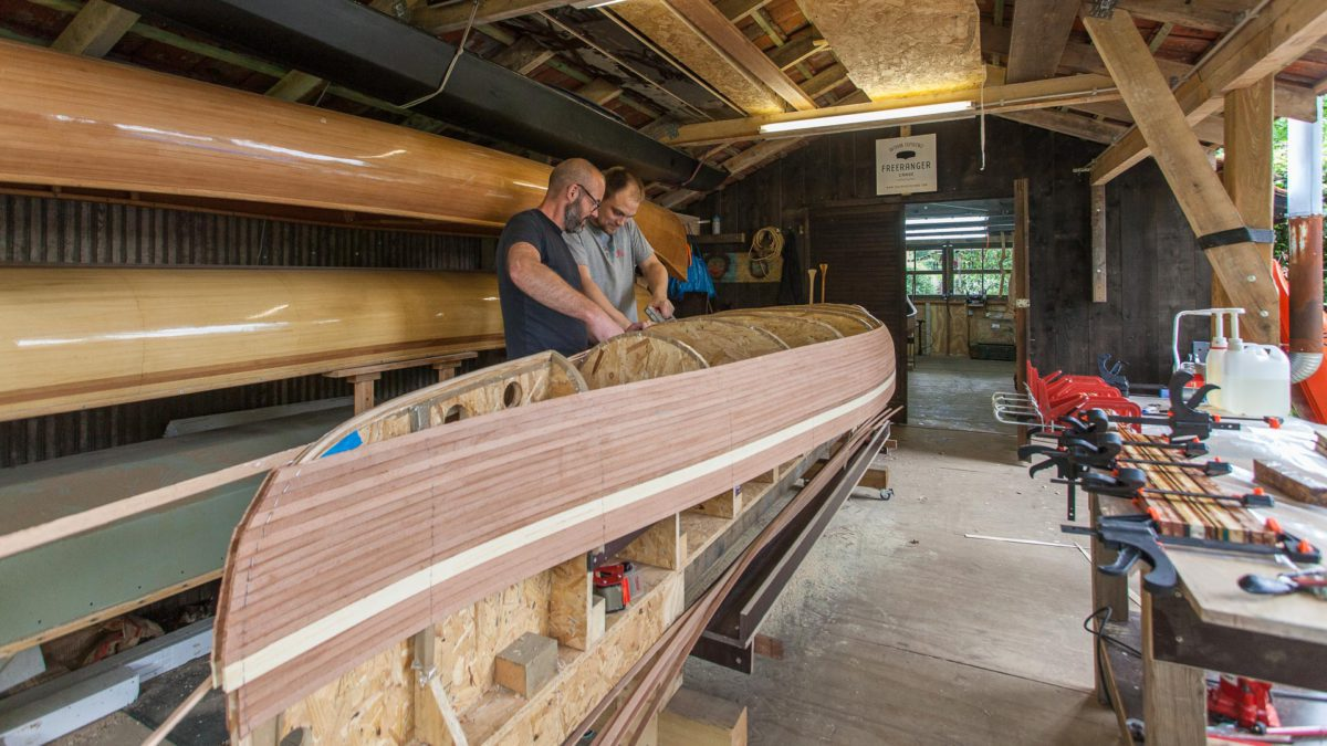 Canoe building workshops by Freeranger Canoe