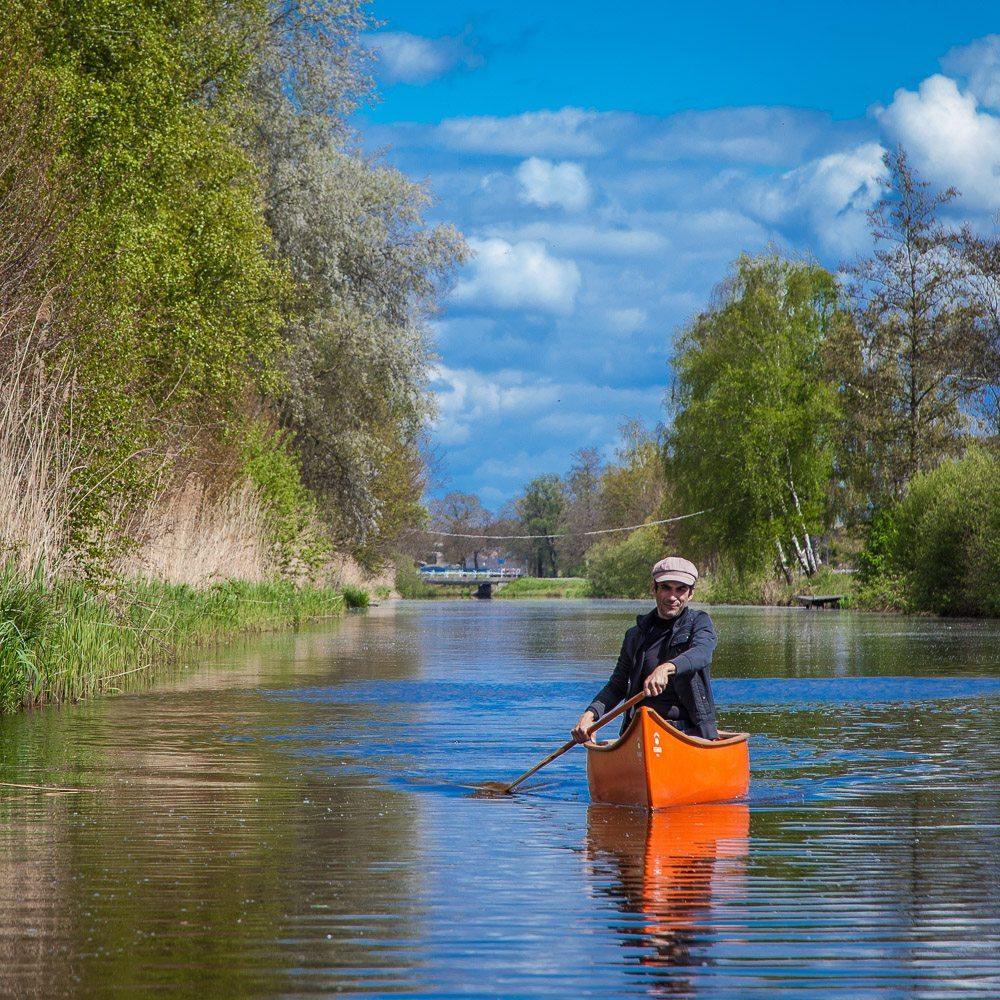 Atikamekw single person canoe