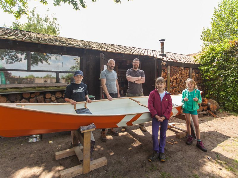 Building a plywood canoe