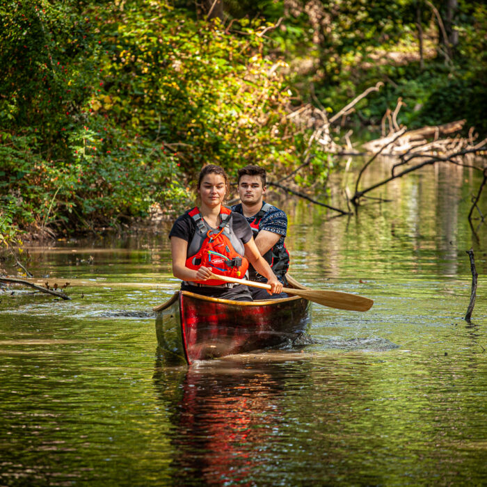 Nele and Tom canoeing on the Nete River